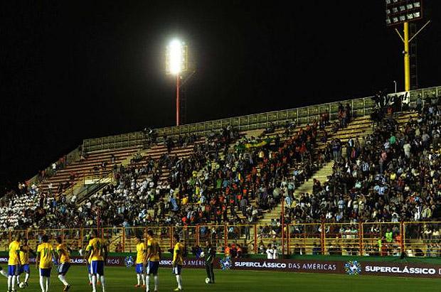 No hubo revancha Argentina-Brasil por falta de luz