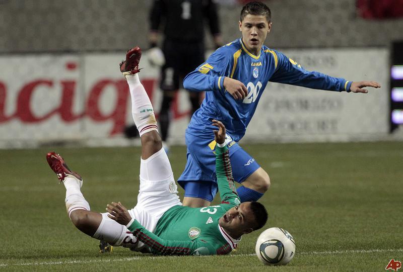 http://www.futbolsapiens.com/wp-content/uploads/2014/05/2014.04.30-muhamedbesic.jpg