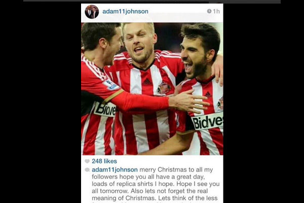 Adam Johnson le manda mensaje navideño al Newcastle