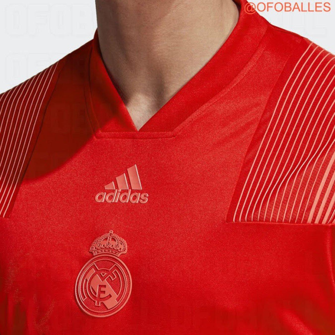 Se filtró la posible camiseta roja del Real Madrid para 2018-2019 93596aa6a0b81