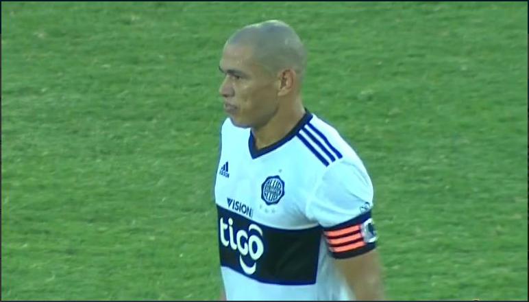 Darío Verón, emblema de Pumas, se retira hoy del futbol