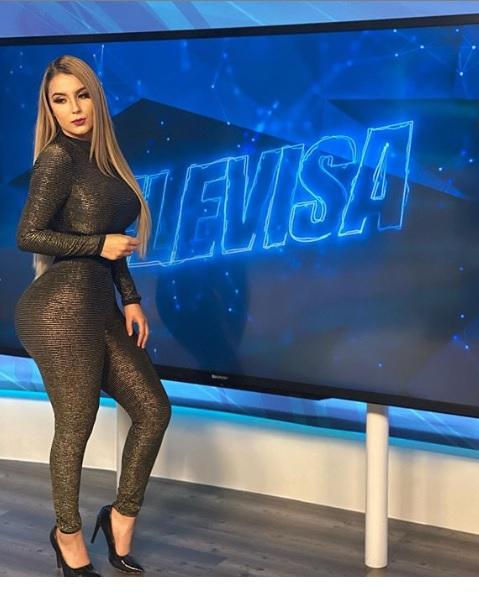 La voluptuosa conductora de Televisa deportes en el norte